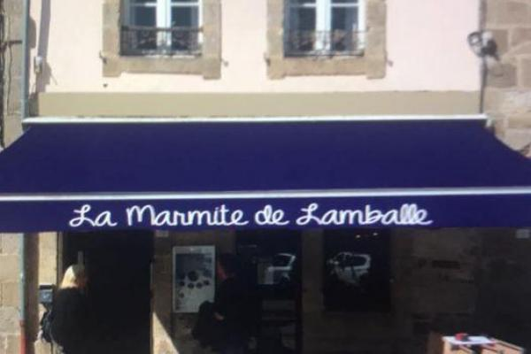 Logo devanture la marmite de Lamballe place du marché restaurant Lamballe