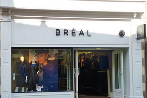 devanture Bréal