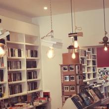 Intérieur librairie la cédille lamballe